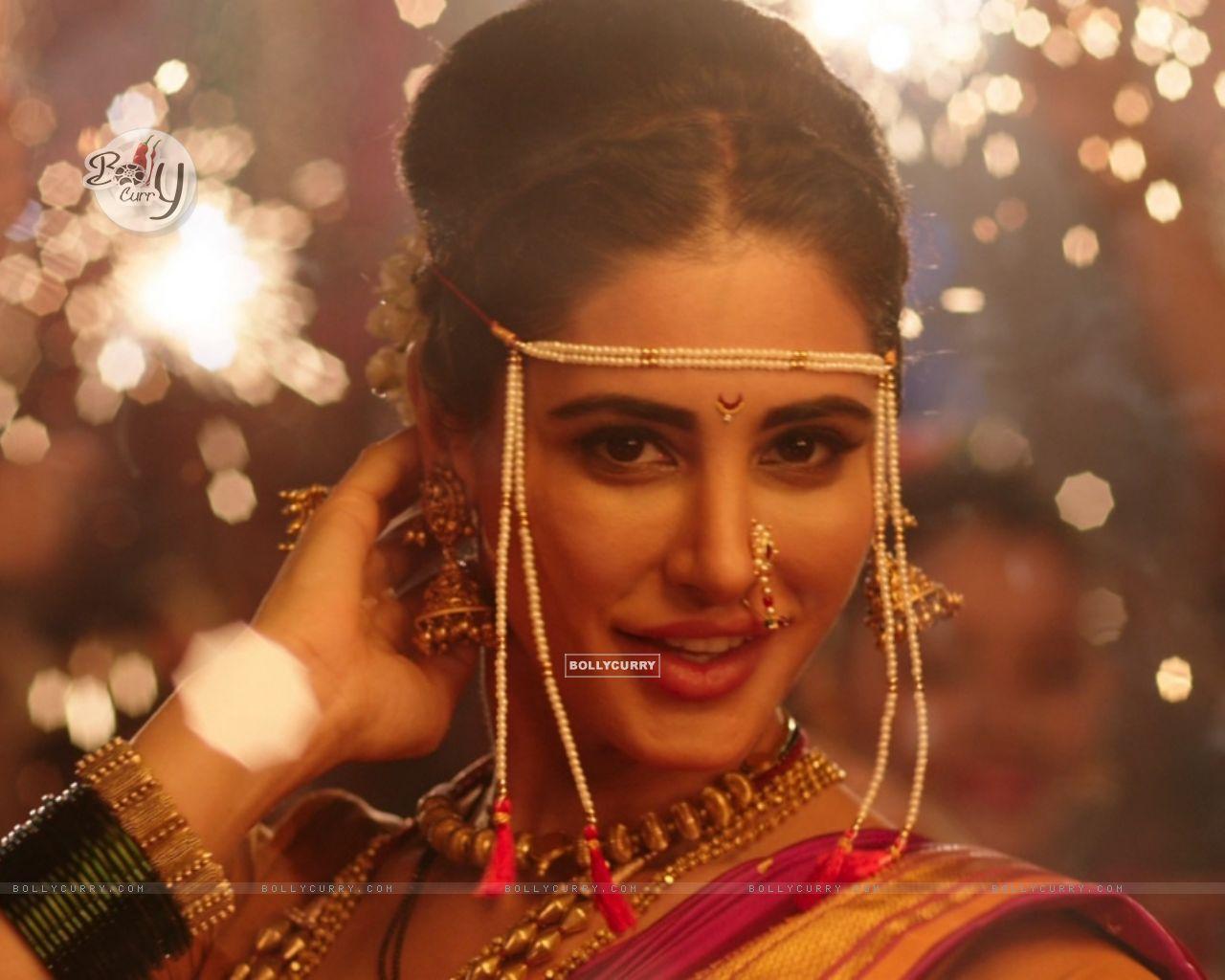 Nargis Fakhri dresses up in a Nauvari for Banjo! (407286) size:1280x1024
