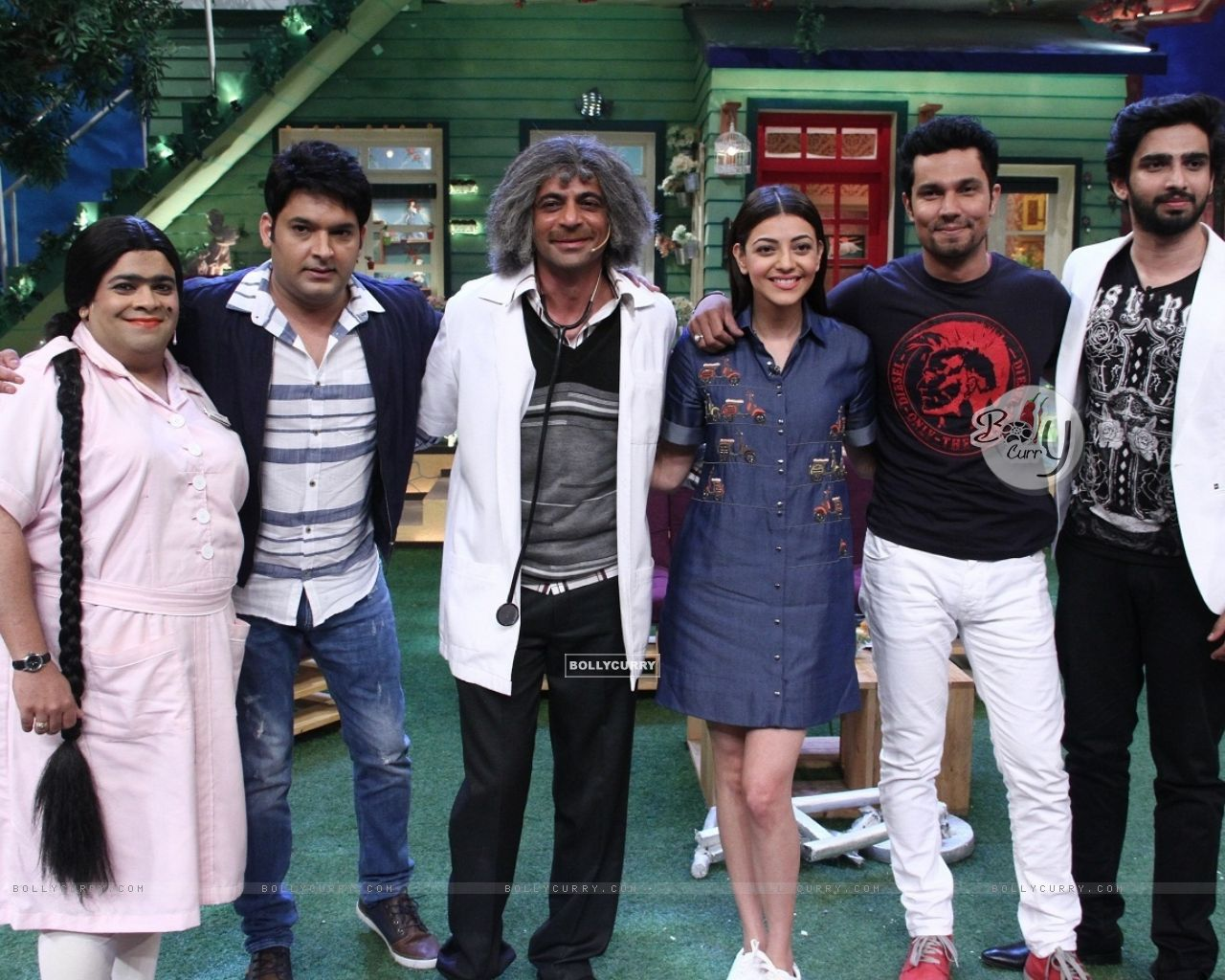 Randeep Hooda and Kajal Aggarwal promotes 'Do Lafzo Ki Kahani' on The Kapil Sharma Show! (408326) size:1280x1024