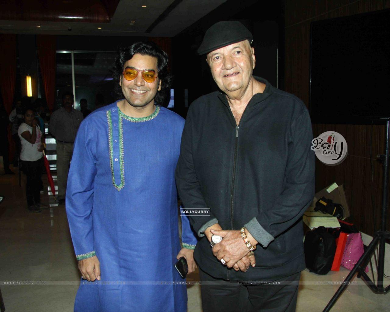 Ashutosh Rana & Prem Chopra at Launch of film 'Jeena Isi Ka Naam Hai of film 'Jeena Isi Ka Naam Hai' (409826) size:1280x1024