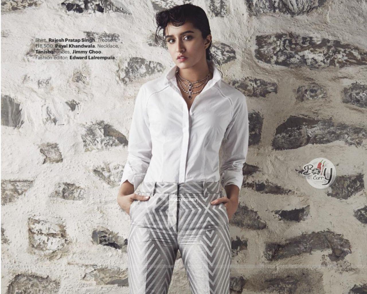 Shraddha Kapoor (410997) size:1280x1024