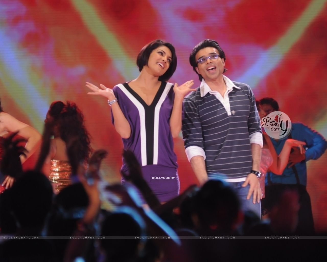 Uday and Priyanka Chopra in Music Ka Maha Muqqabla (41401) size:1280x1024