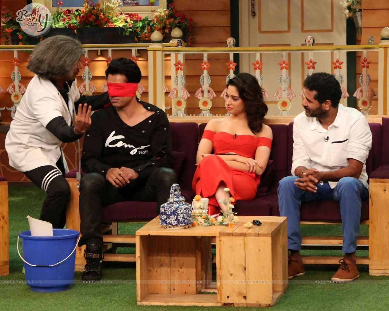 Celebs at Promotion of 'Tutak Tutak Tutiya' on sets of The Kapil Sharma Show (421064) size:1280x1024