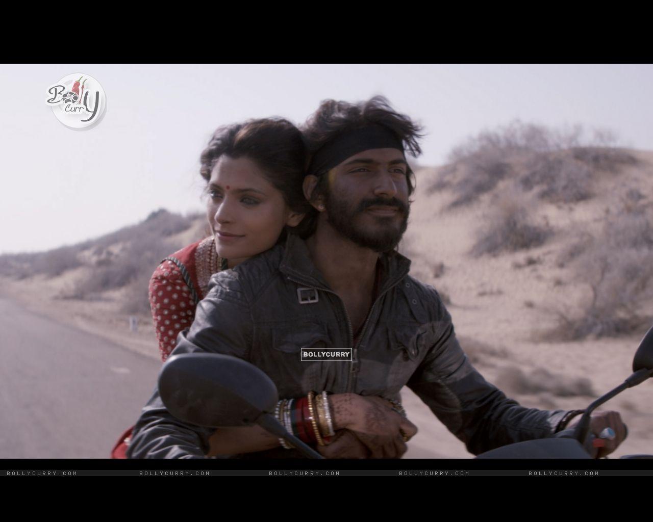 Mirzya starring Harshvardhan Kapoor and Saiyami Kher (421112) size:1280x1024