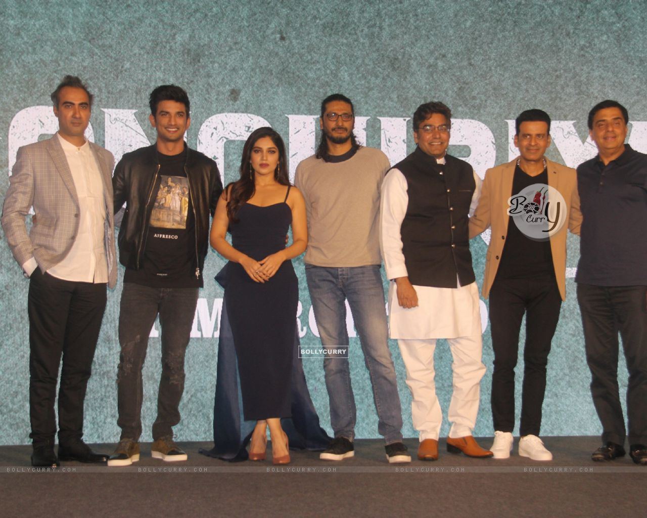 Cast of Sonchiriya at the trailer launch (444366) size:1280x1024