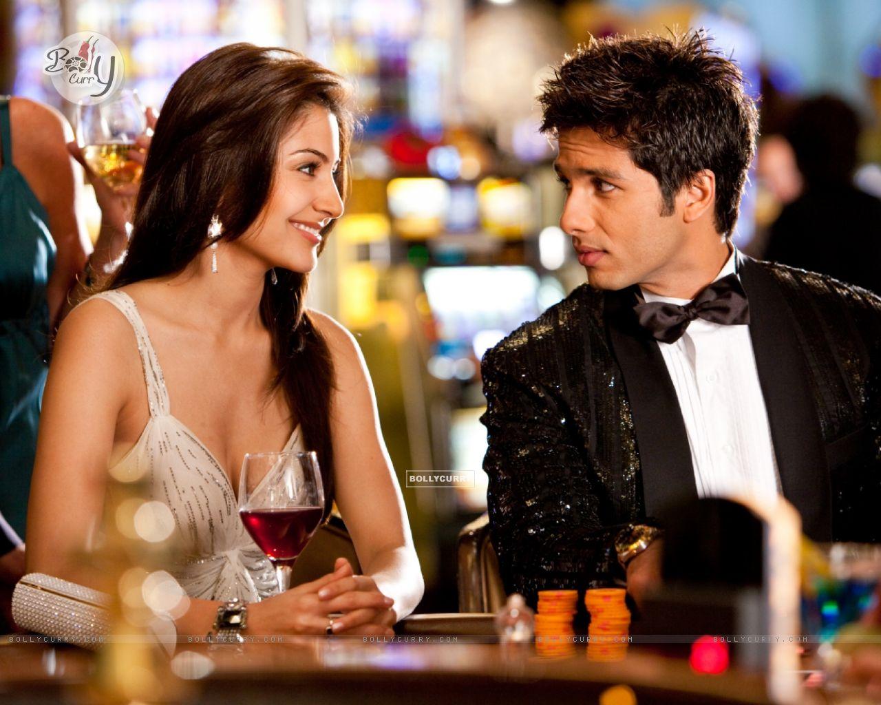 Shahid and Anushka looking gorgeous (59502) size:1280x1024