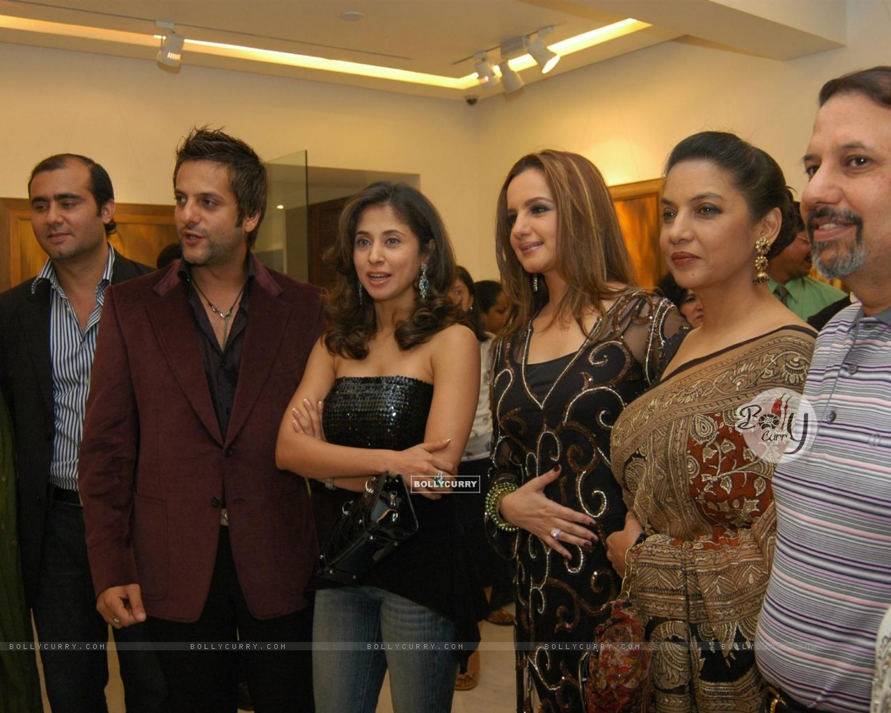 Urmila Matondkar  amp  Laila Khan Rajpal  s entire family was also presentUrmila Matondkar Family Photo