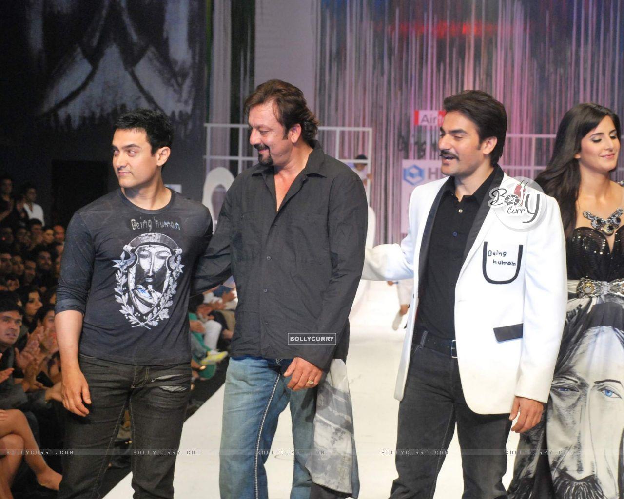 Aamir Khan Sanjay Dutt And Arbaaz At Salman Khans Being Human