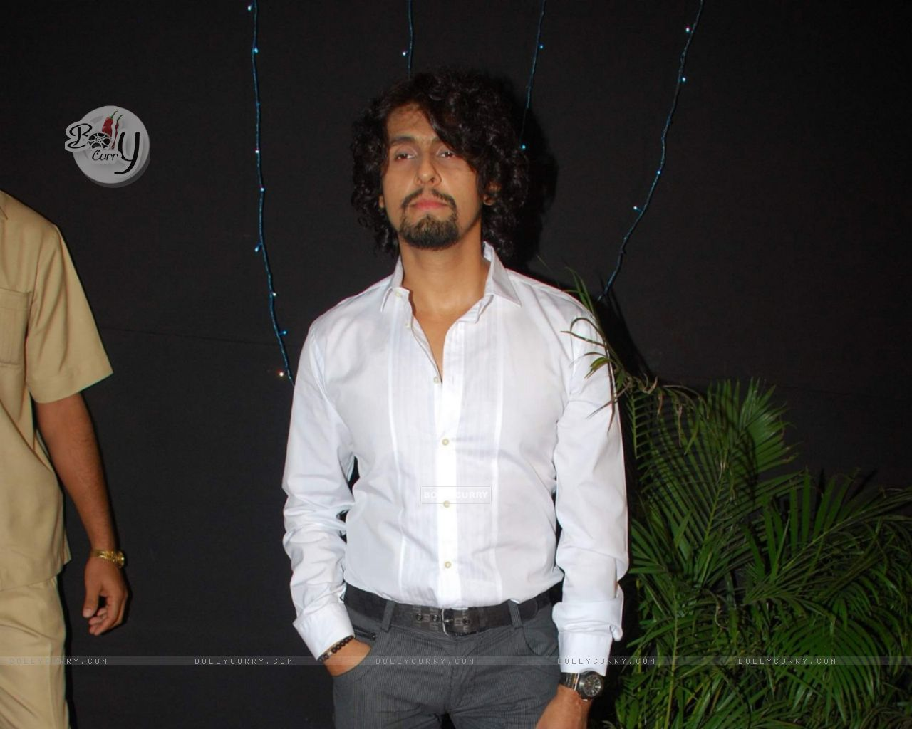Sonu Nigam At The Launch Of Book India With Love Taj Hotel
