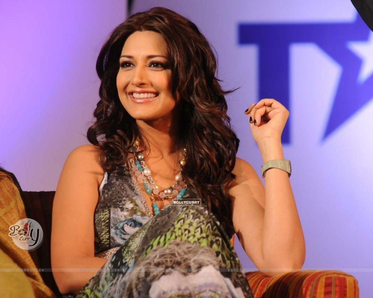 Wallpaper - Sonali at India''s Got Talent returns to ...