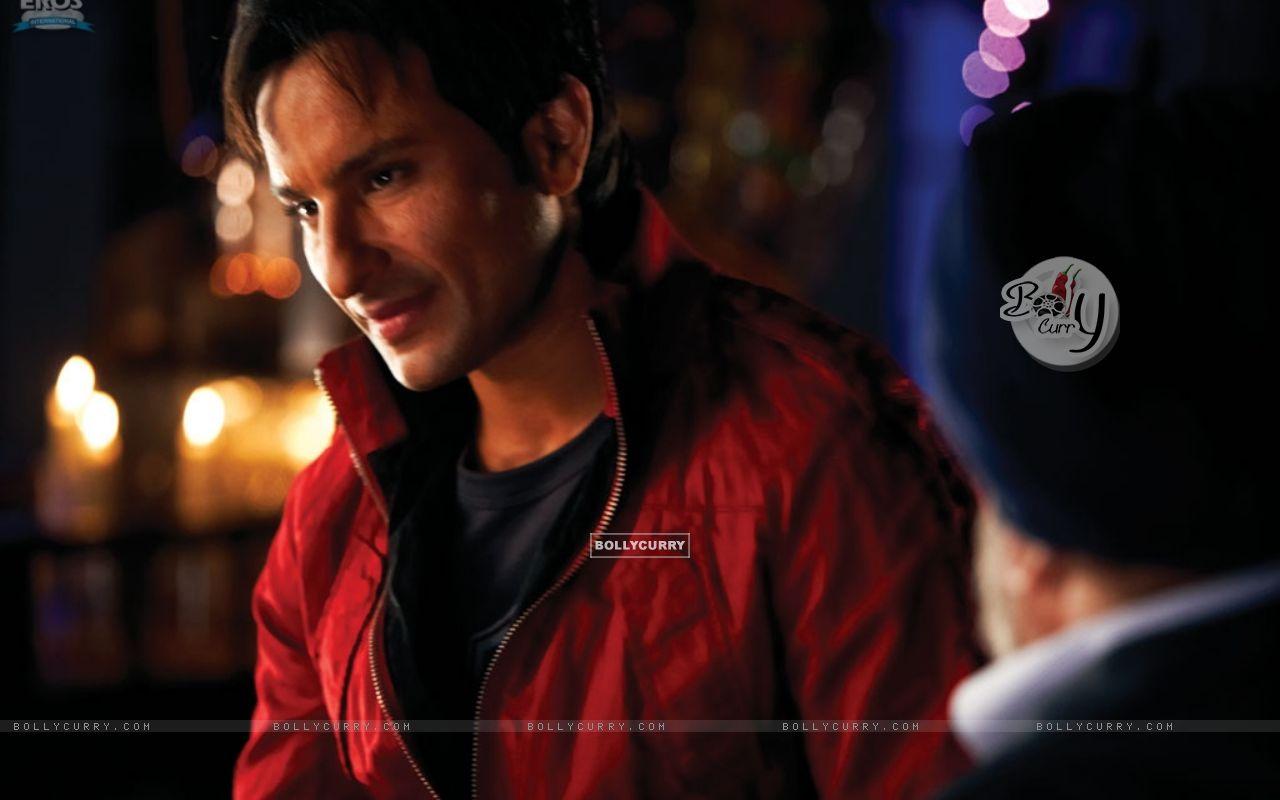 Saif Ali Khan in Red Jacket (11031) size:1280x800