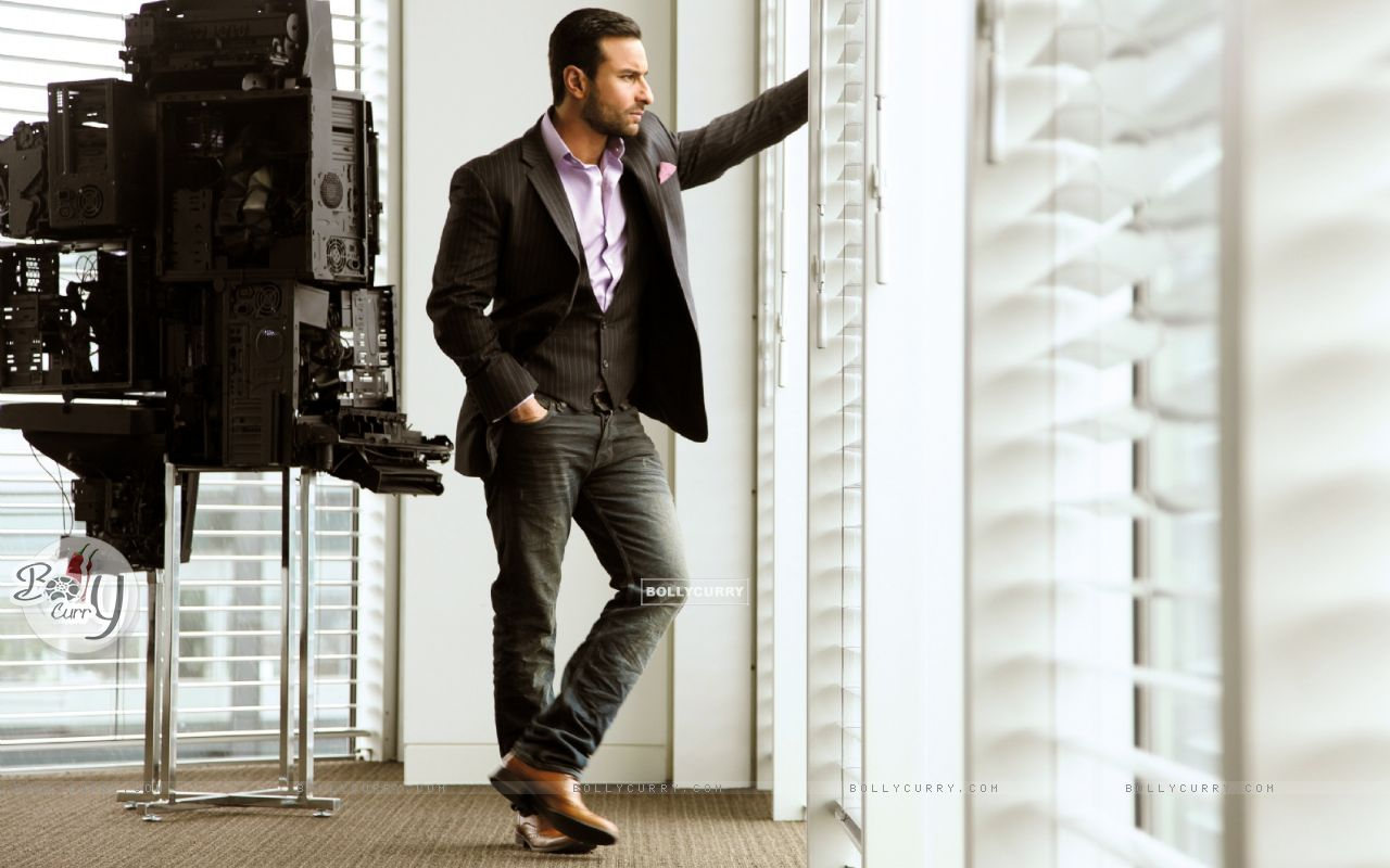 Saif Ali Khan in Cocktail (204081) size:1280x800