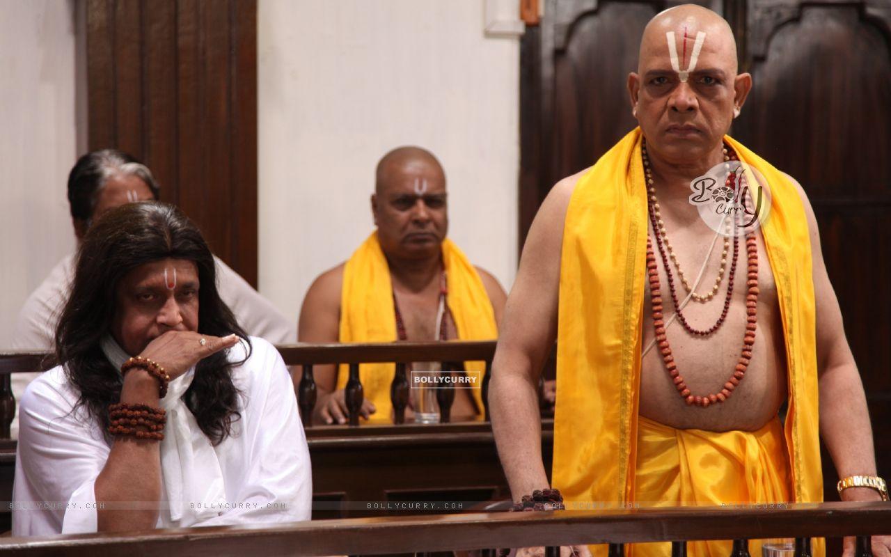 Mithun Chakraborty and Govind Namdeo in OMG! Oh My God (226263) size:1280x800