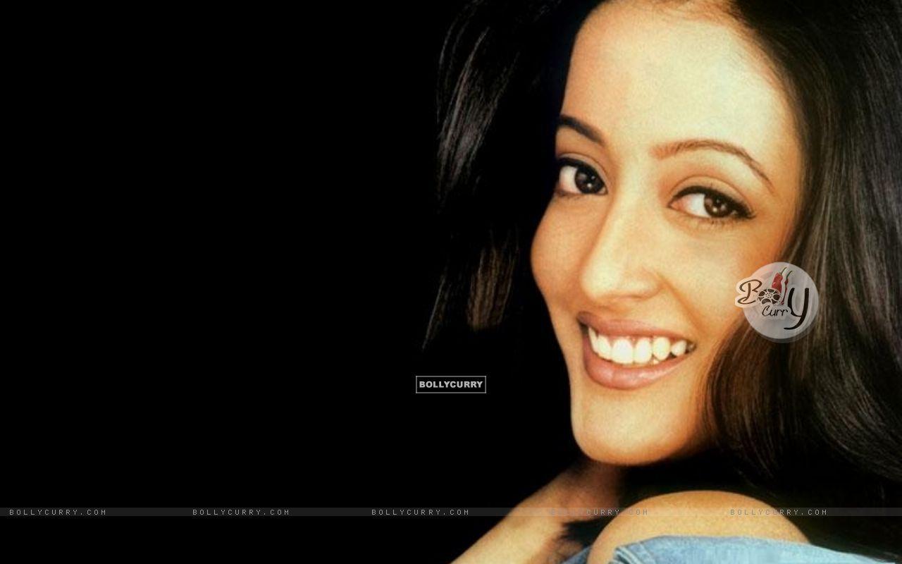 Raima Sen - Wallpaper Actress