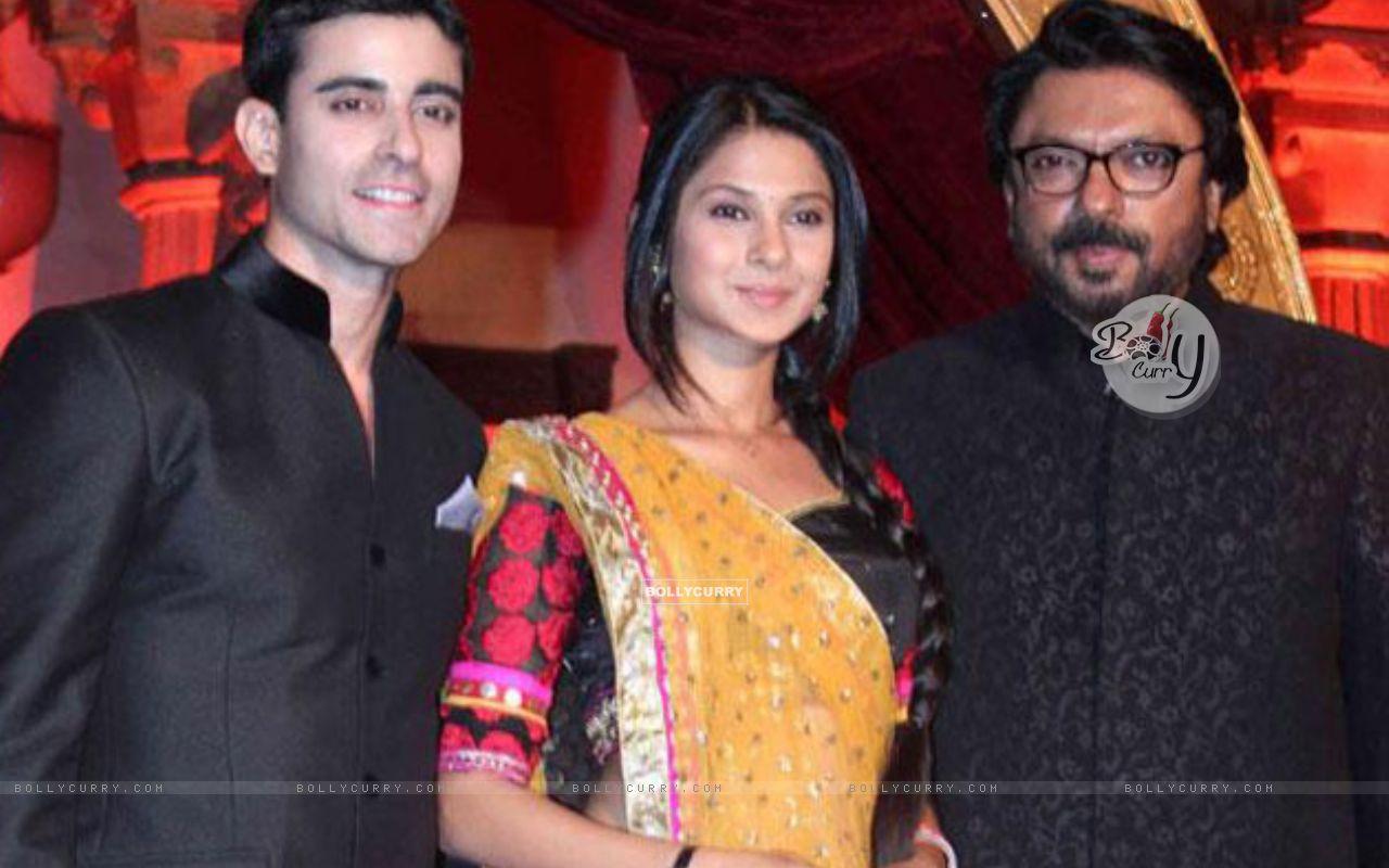 Gautam ,Jeniffer ,Sanjay (277654) size:1280x800