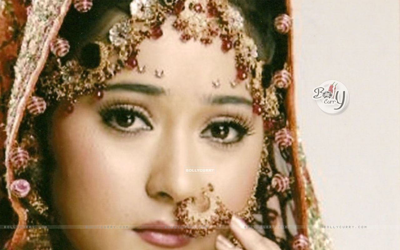 Sara Khan Wedding Pics: Sara Khan as Sadhana in ...