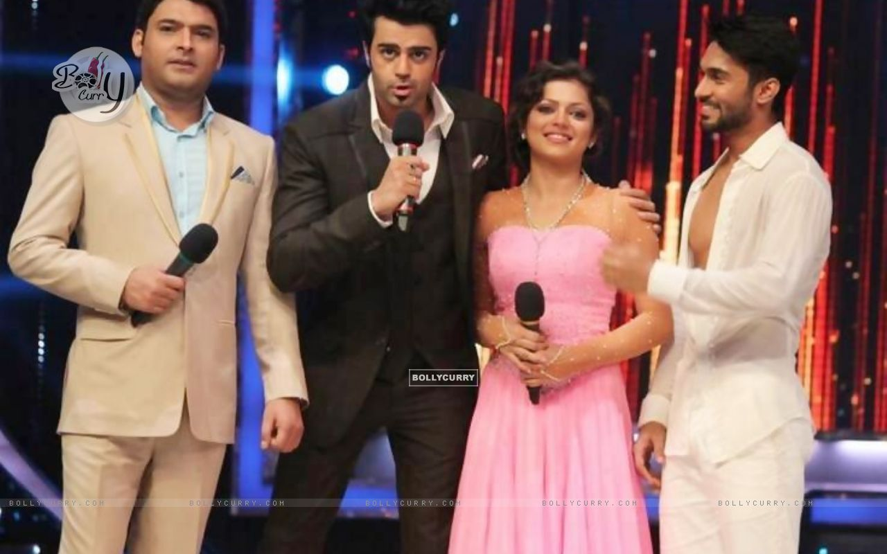 Drashti Dhami, Manish Paul, Kapil Sharma and Salman Yusuf Khan (350364) size:1280x800