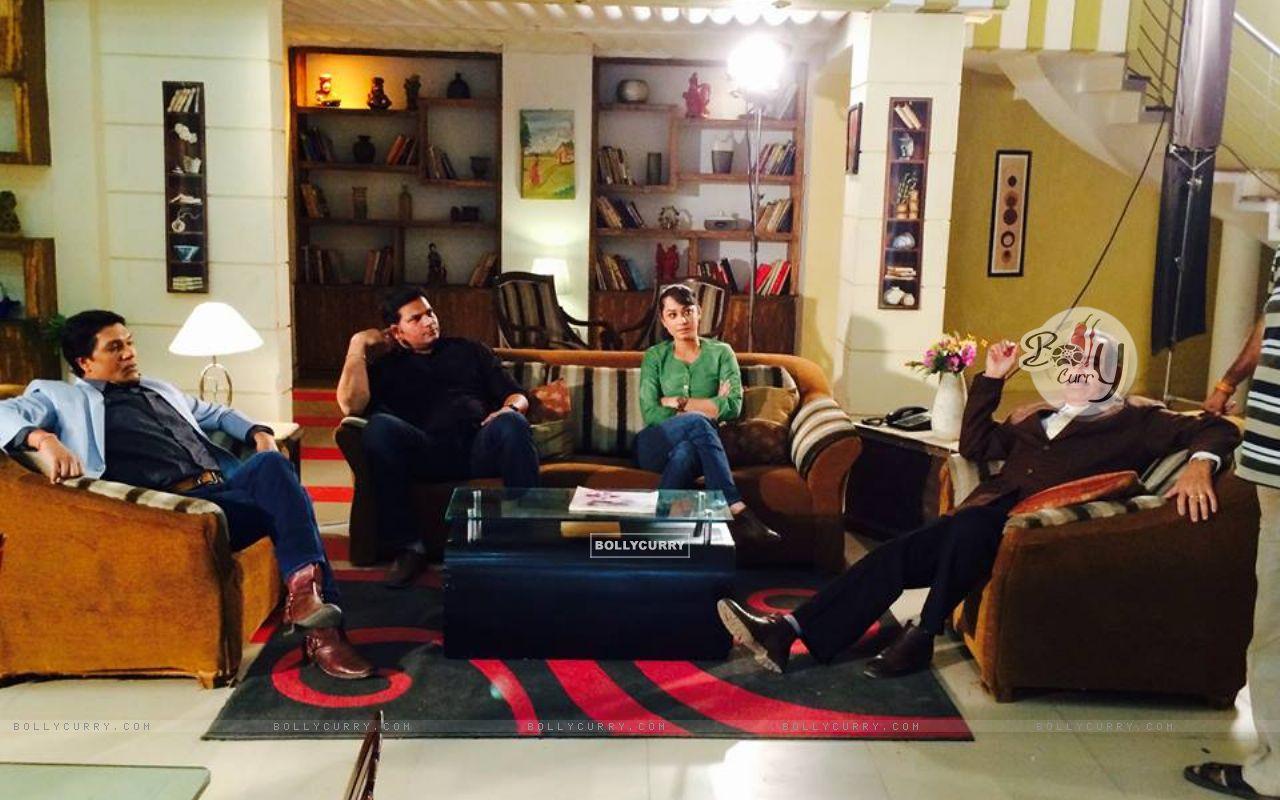 Aditya Srivastava, Dayanand shetty, Ansha Sayed and Shivaji Satam during the shoot of CID+ Adaalat (351052) size:1280x800