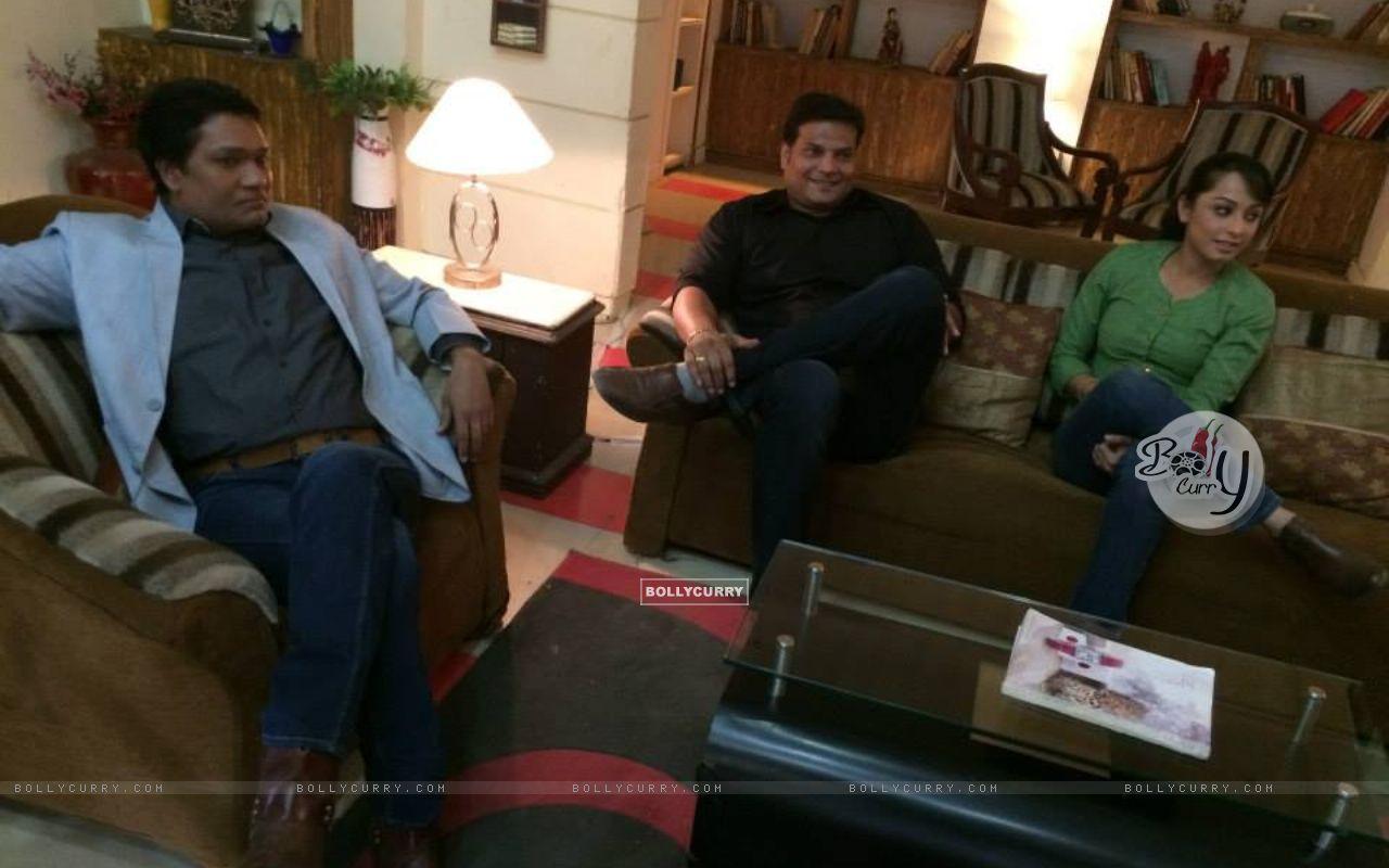 Aditya Srivastava, Dayanand shetty, Ansha Sayed and Shivaji Satam during the shoot of CID+ Adaalat (351063) size:1280x800