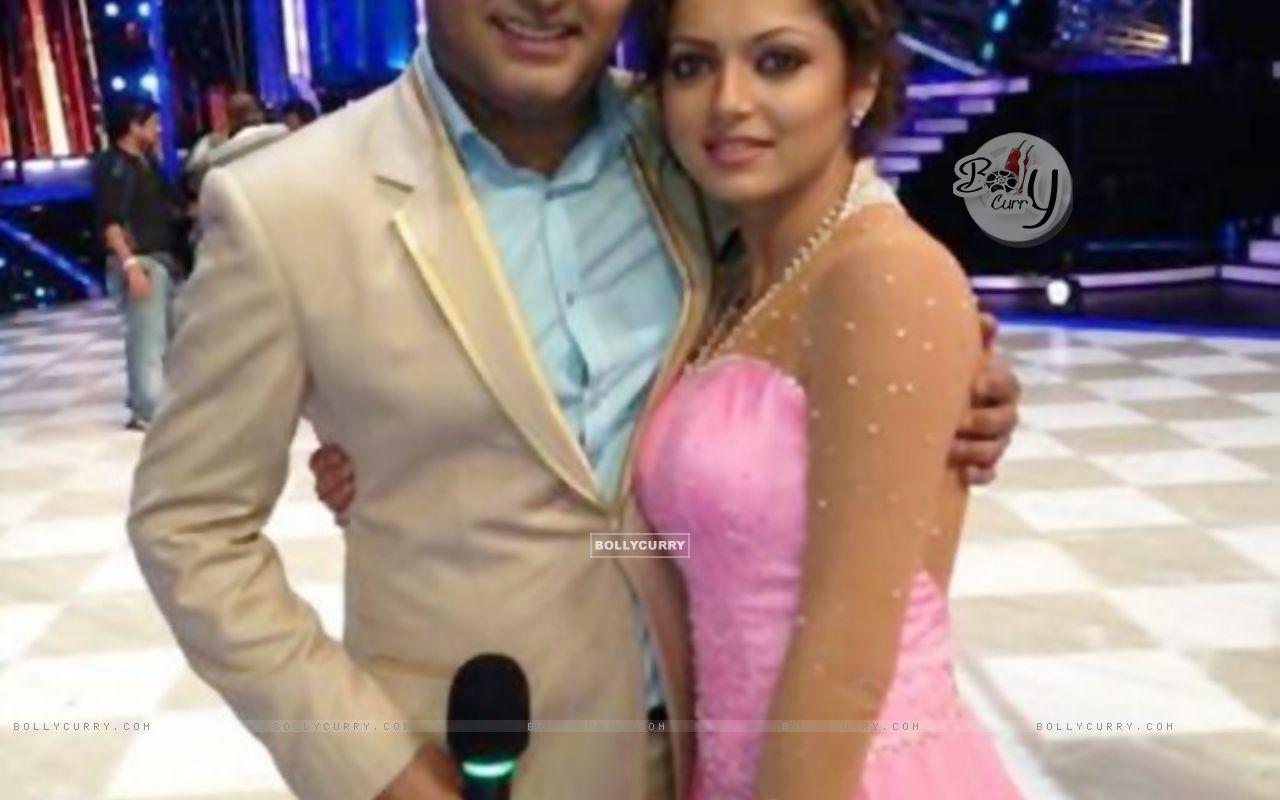 Drashti Dhami and Kapil Sharma (353585) size:1280x800