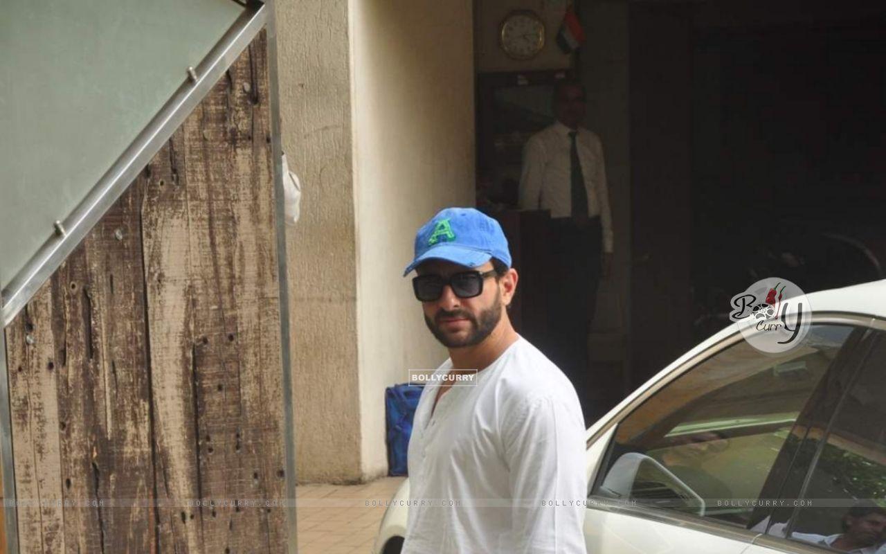 Saif Ali Khan (367810) size:1280x800