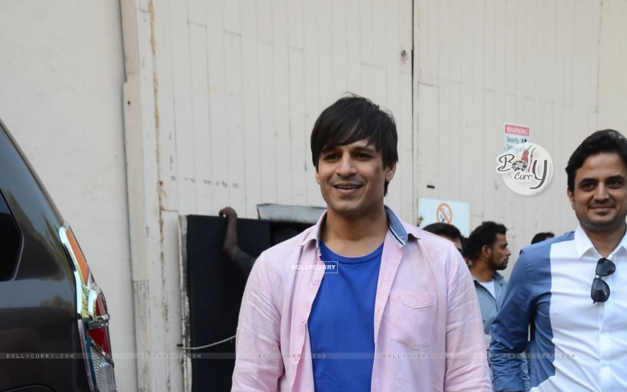 Vivek Oberoi Snapped on the Sets of Great Grand Masti (385138) size:1280x800