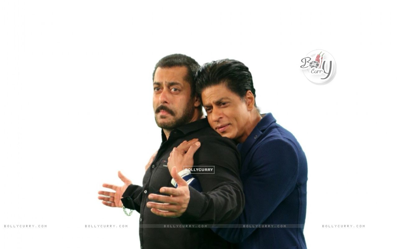 Shah Rukh Khan  and Salman Khan Comes together for Bigg Boss 9 - 19th and 20th Dec (387813) size:1280x800