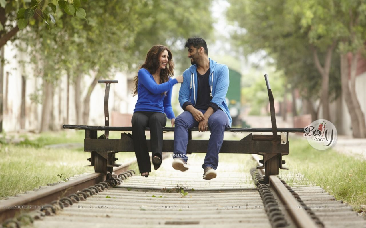 Arjun Kapoor and Kareena Kapoor in Ki And Ka (397431) size:1280x800
