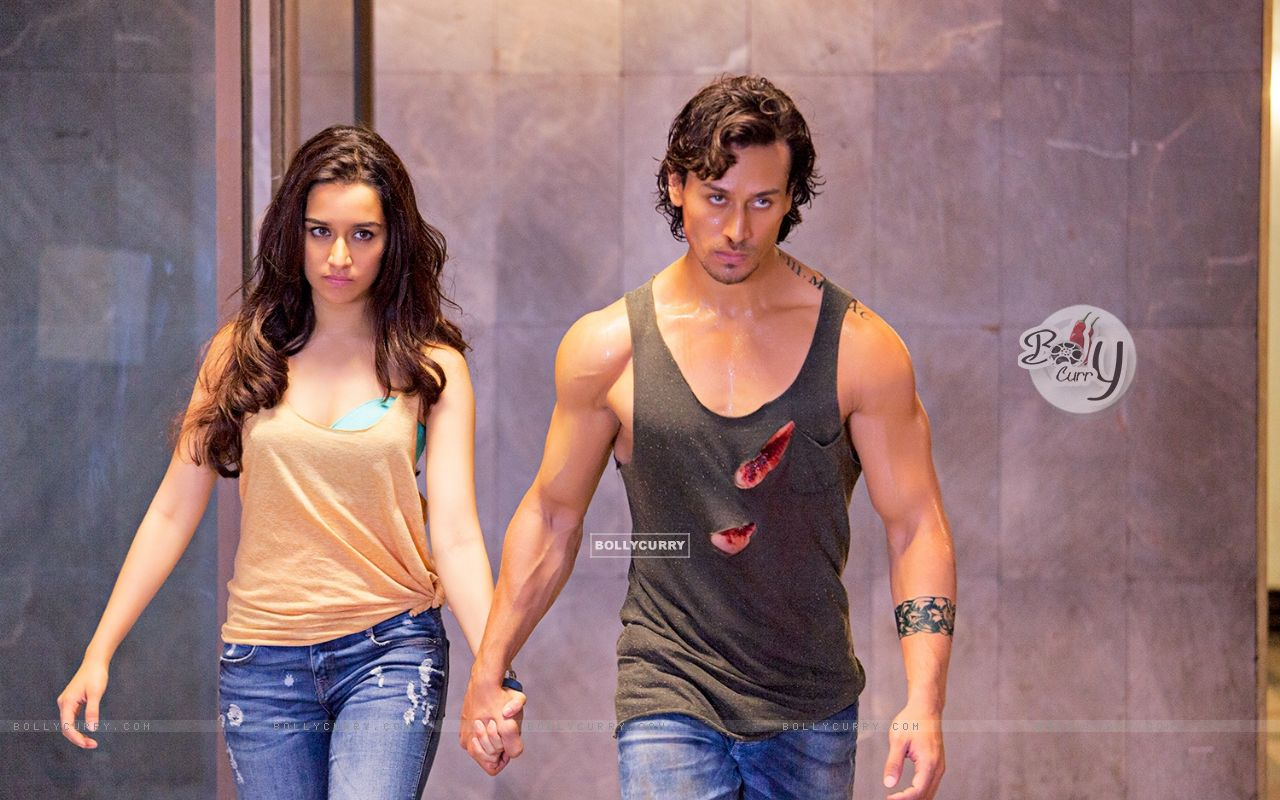 Stills from the fiilm Baaghi (403684) size:1280x800