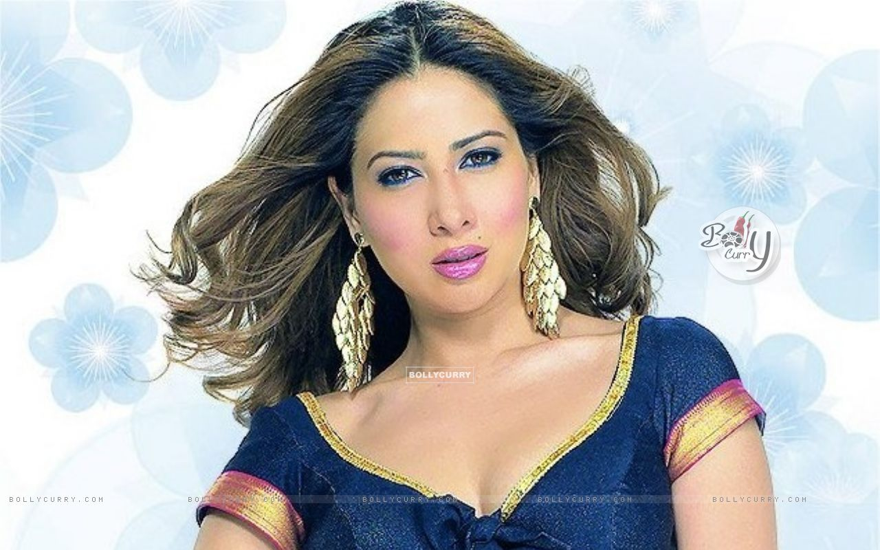 Kim Sharma - Wallpaper Gallery