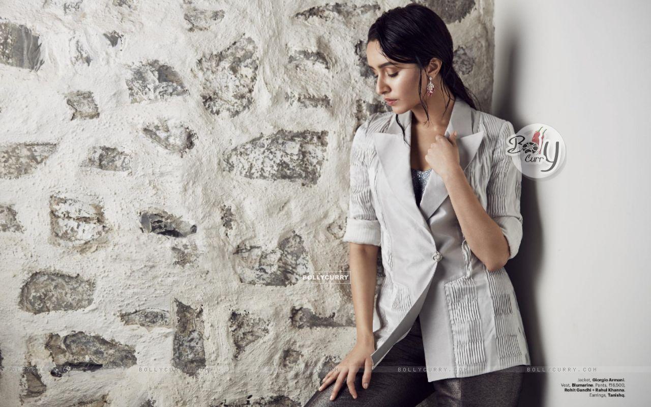 Shraddha Kapoor (410999) size:1280x800