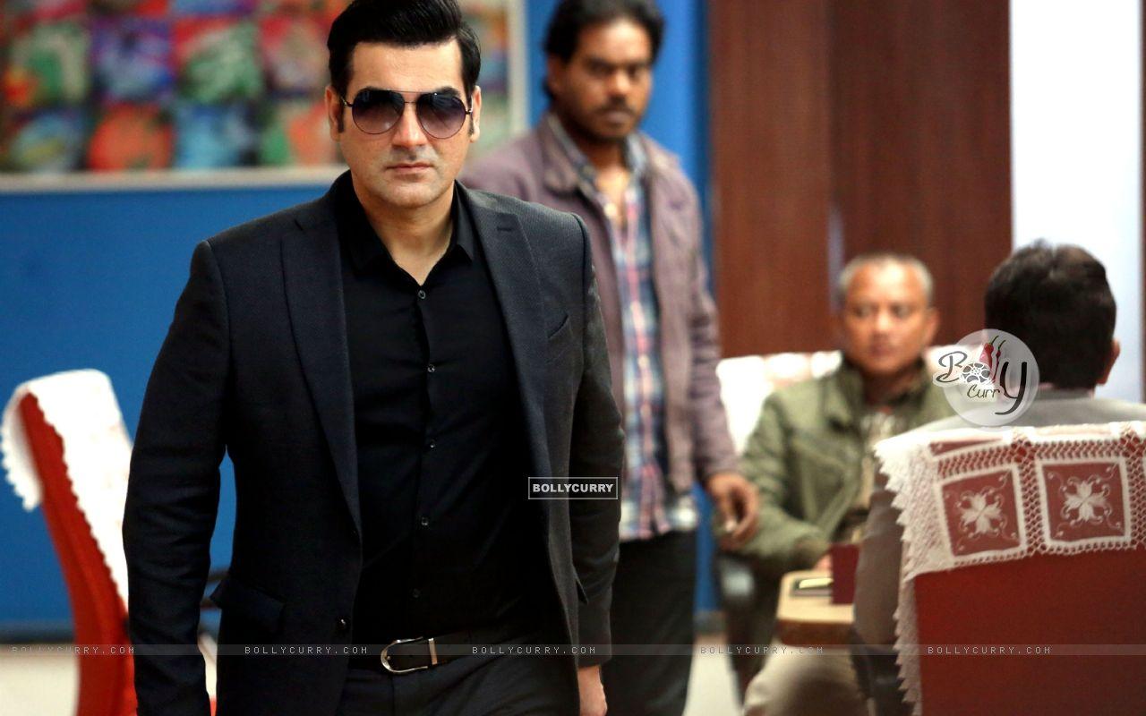 Arbaaz Khan starring Yea Toh Two Much Ho Gayaa (415568) size:1280x800