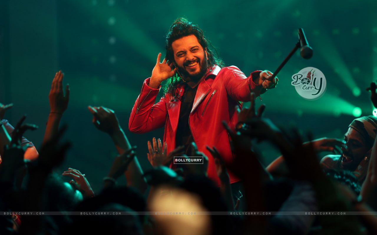 Riteish Deshmukh starring Banjo (418875) size:1280x800