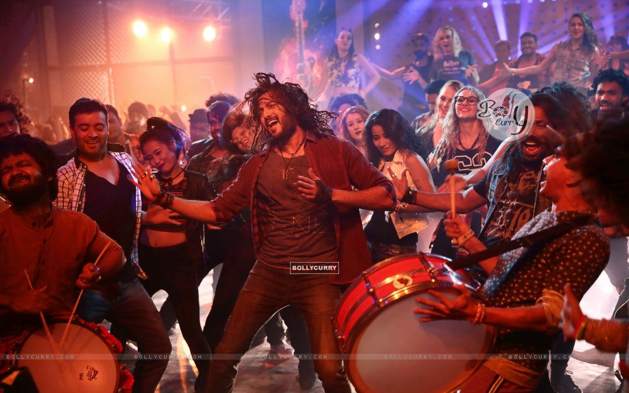 Riteish Deshmukh starring Banjo (418878) size:1280x800
