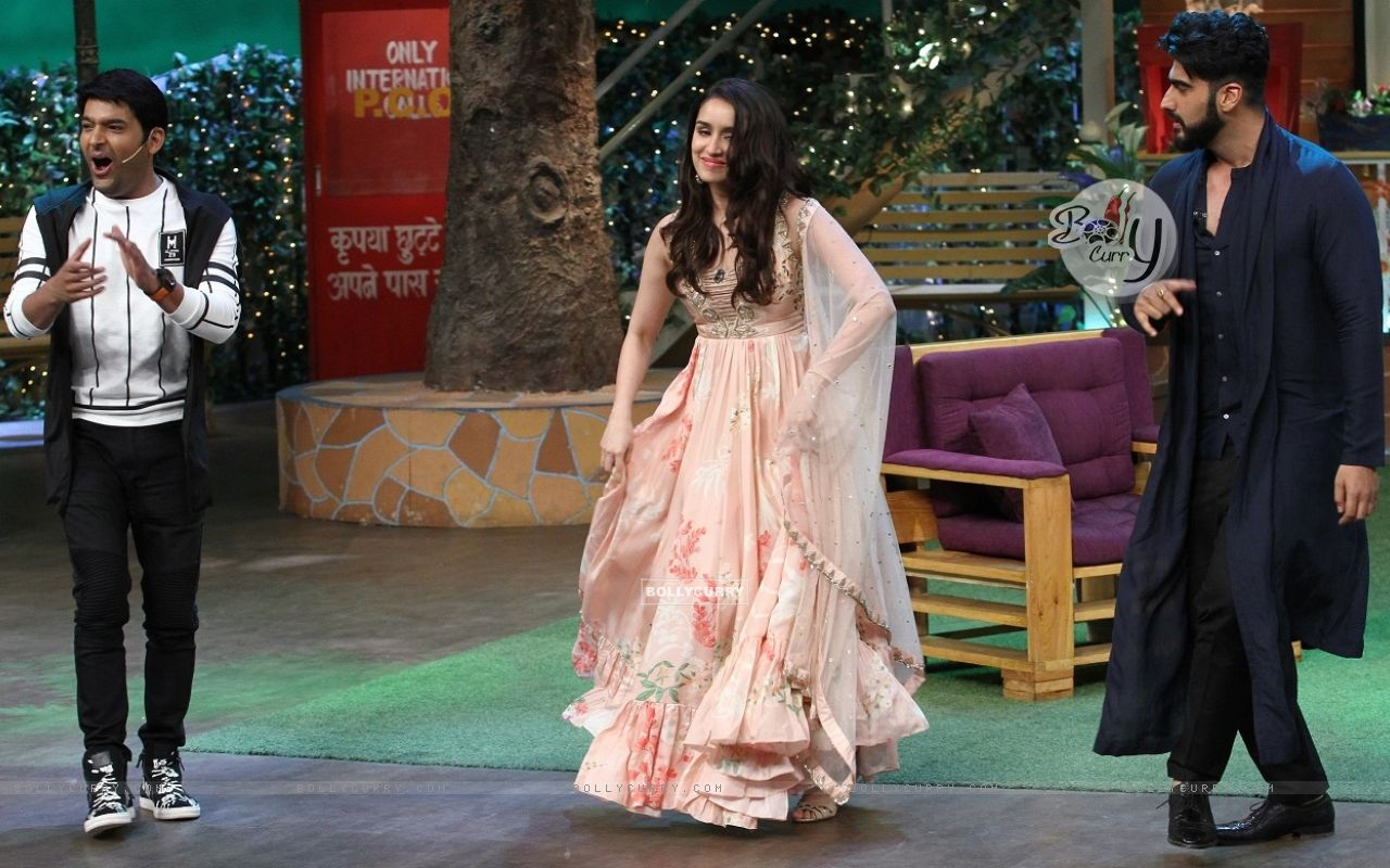 Arjun Kapoor and Shraddha Kapoor on 'The Kapil Sharma Show' (428541) size:1280x800