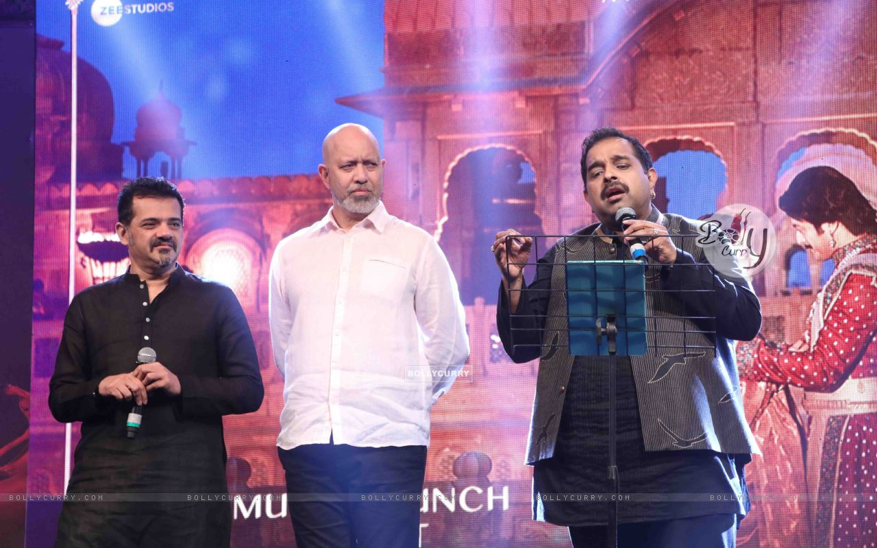 Shankar-Ehsaan-Loy spotted at Manikarnika music launch (443070) size:1280x800