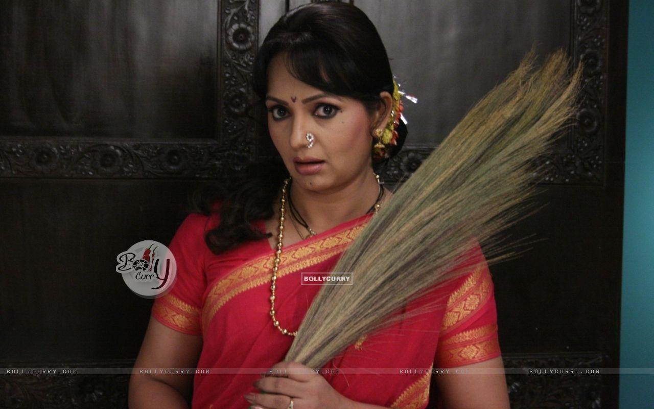 Upasana Singh as Kamwaali Bai (66111) size:1280x800