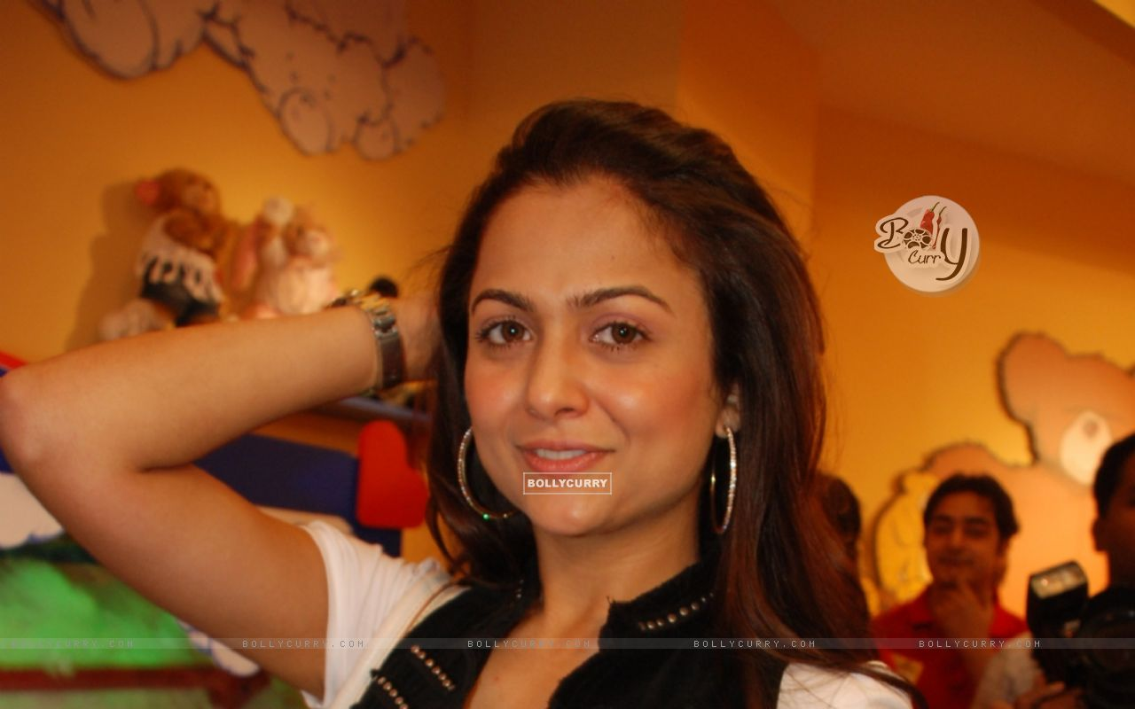Wallpaper Amrita Arora At Music Release Function Of Upcoming Movie Good Boy
