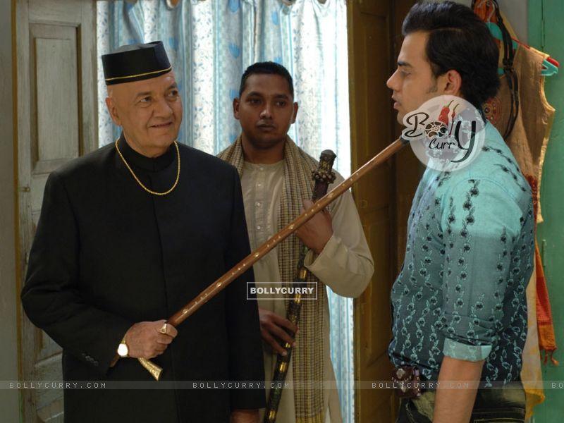 Prem Chopra scolding Cyrus Sahukar (12584) size:800x600