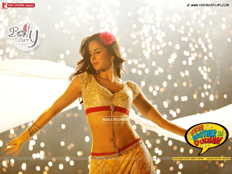 Download 800x600 Wallpaper size image of celebrity Katrina Kaif from