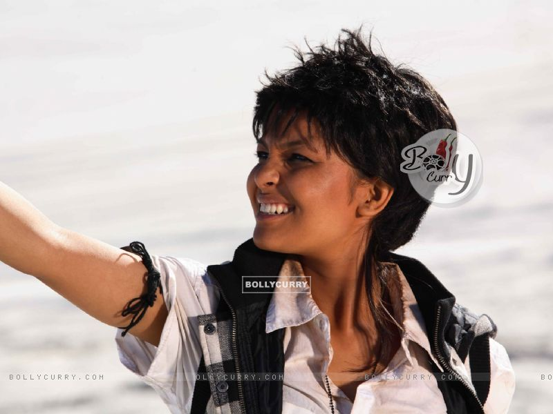 Chitrashi Rawat enjoying the weather (15644) size:800x600