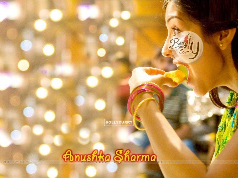 Anushka Sharma (15884) size:800x600