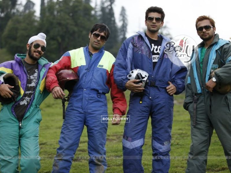 Karan Kundra with his co-stars in a poster still for the movie Pure Punjabi (158869) size:800x600