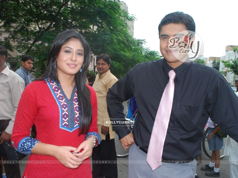 Still image of Dr. Nidhi and Dr. Ashutosh | Mohnish Behl Photo ...