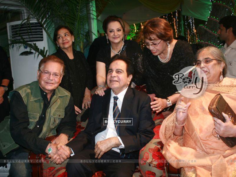 Farida Jalal, Helen, Saira Banu grace Dilip Kumar's 89th Birthday Party (174471) size:800x600