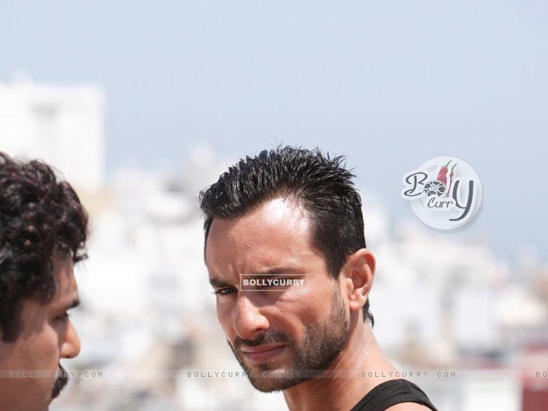 Saif Ali Khan as Vinod in the movie Agent Vinod (181827) size:800x600