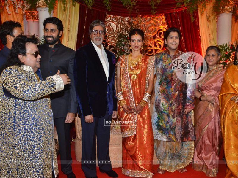 Amitabh Bachchan  Jaya Bachchan  amp  Abhishek Bachchan at Bappa Lahiri    Amitabh Bachchan Marriage Photos