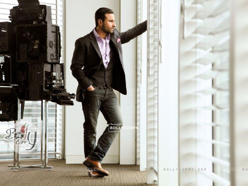 Saif Ali Khan in Cocktail (204081) size:800x600