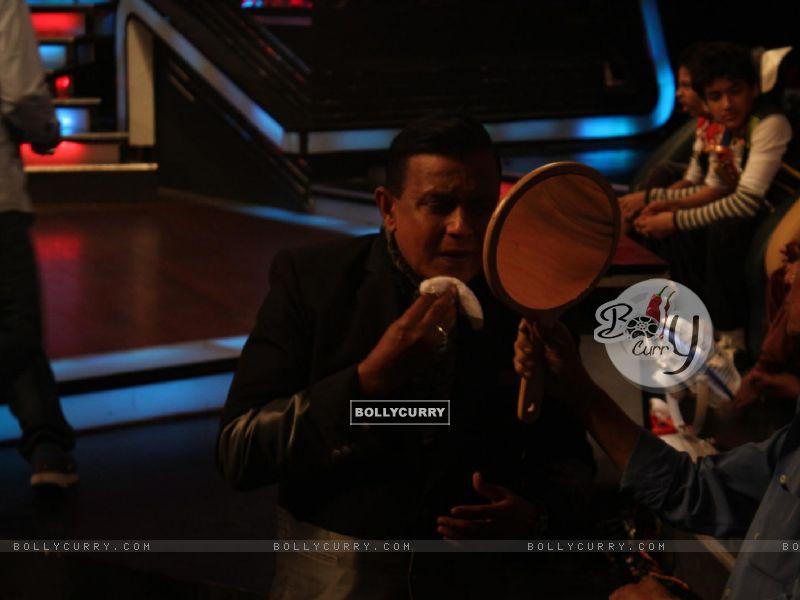 Mithun Chakraborty on the sets of Dance India Dance (224200) size:800x600