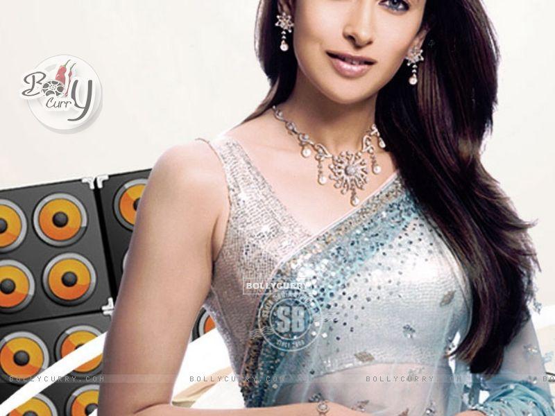 Karishma Kapoor (30920) size:800x600