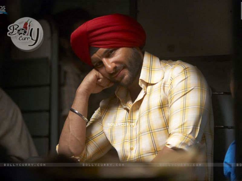 Saif Ali Khan thinking in Love Aaj Kal movie (31325) size:800x600